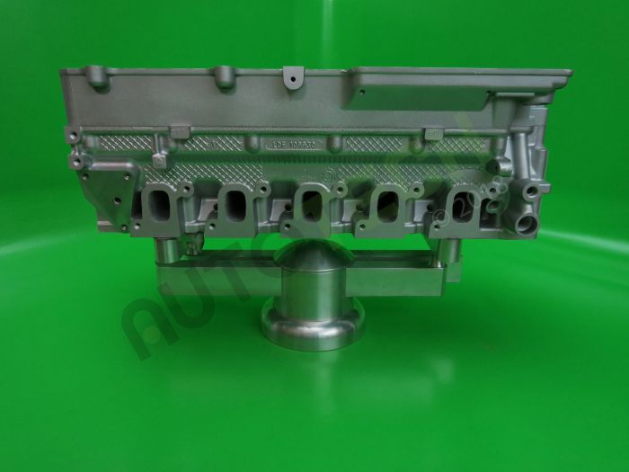 Land Rover Defender TD5 15P Reconditioned Cylinder Head