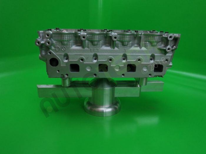 Nissan 2.5 Diesel Complete Reconditioned Cylinder Head